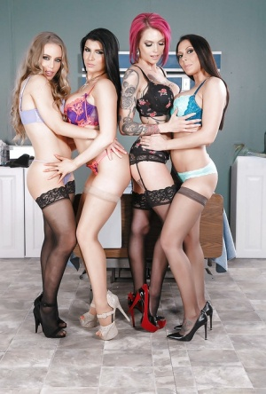 Lesbo orgy with Anna Bell Peaks, Nicole Aniston, Rachel Starr and Romi Rain