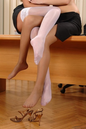 Weendy Whit and Cherry Jul roll off nylons for girl on girl toe licking