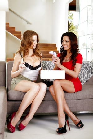 Emily Addison & Kirsten Price are up to have some lesbian fun
